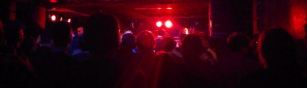 2014-10-09-21.11theHoldSteady_Luxor